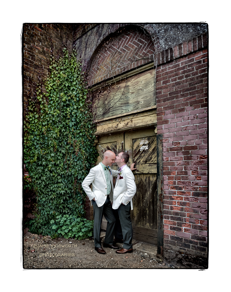 Time-for-Love-at-the-Academy-Chapel-Jamie-Bosworth-Photographer