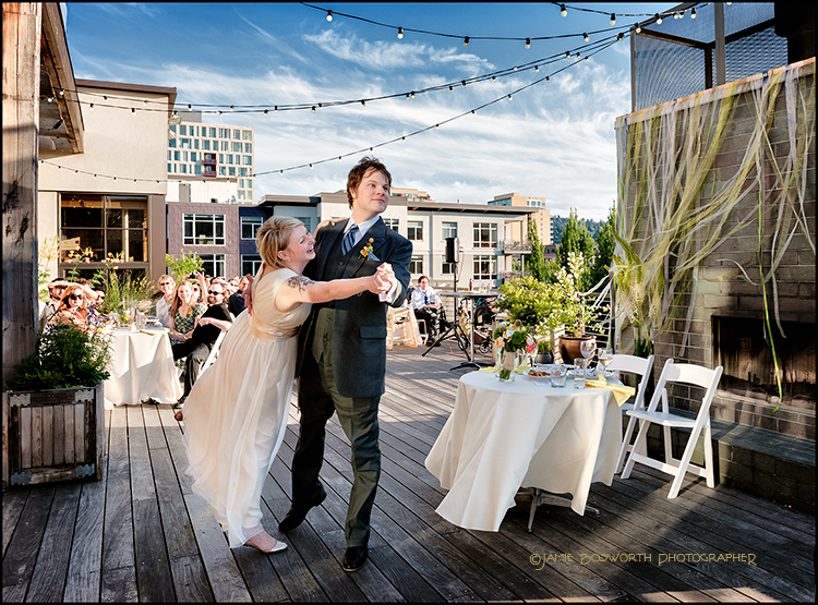 First-Dance-at-the-Ecotrust-Jamie-Bosworth-Photographer